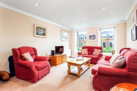 3 bedroom end of terrace house for sale - Swains Lane, London, London, N6