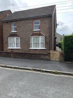 1 bedroom flat to rent - Triangle Road, Haywards Heath RH16