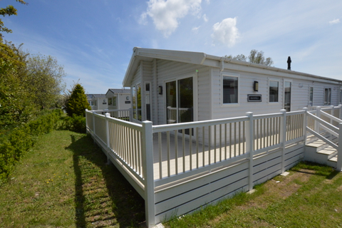 3 bedroom lodge for sale - Chichester Lakeside, Chichester
