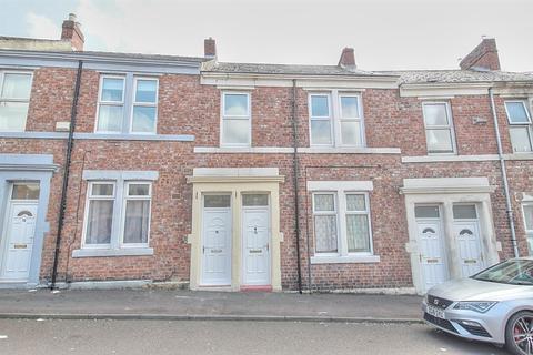 3 bedroom flat for sale - Chandos Street , Gateshead, NE8 4AB
