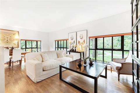 2 bedroom flat for sale - Vicarage Crescent, SW11