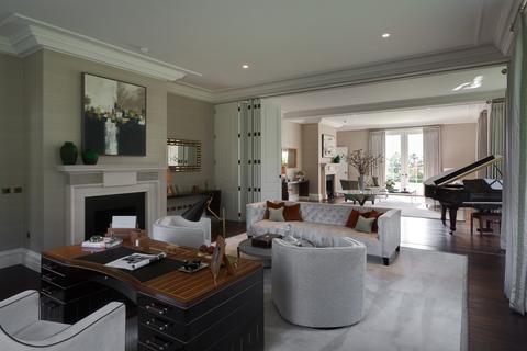 6 bedroom house for sale - Tor Lane, Weybridge. KT13