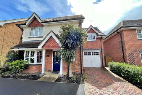 4 bedroom detached house for sale - Merecroft, Titchfield Park