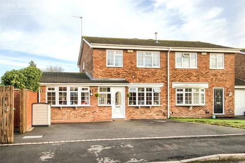 3 bedroom semi-detached house for sale - Brailes Close, Solihull, B92