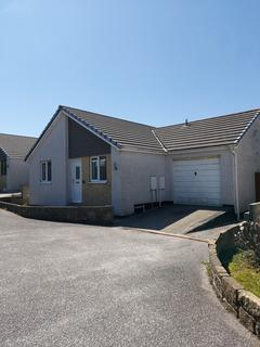 2 bedroom detached bungalow to rent - Roseacre Drive, Redruth