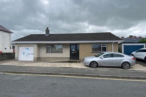 2 bedroom bungalow for sale - Heol Yr Ogof, Aberporth, Cardigan, SA43