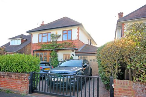 3 bedroom detached house for sale - Cheriton Avenue, Bournemouth, BH7