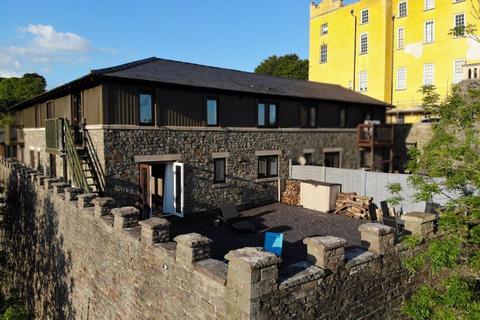3 bedroom terraced house for sale - Vanbrugh Lane, Bristol