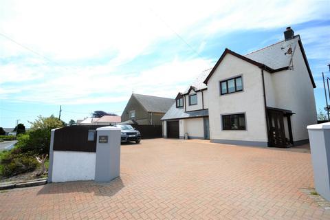 5 bedroom detached house for sale - Clynderwen