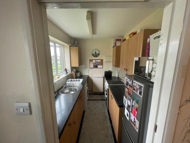 79 LED kitchen.jpg
