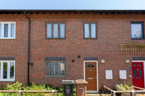 3 bedroom house for sale - New River Way, N4