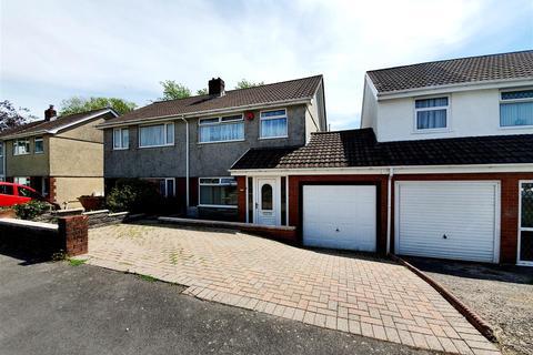 3 bedroom semi-detached house for sale - Clos Gorsfawr, Grovesend, Swansea