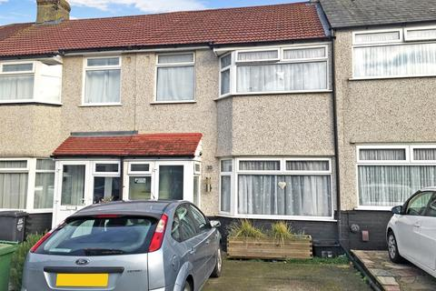 3 bedroom terraced house to rent - Savoy Road Dartford DA1