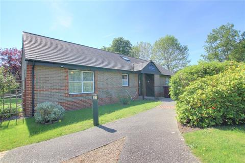 1 bedroom bungalow for sale - Gordon Palmer Court, Reading, RG30
