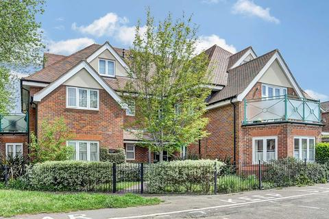 2 bedroom apartment to rent - Midsummer Place, Manor Park Avenue