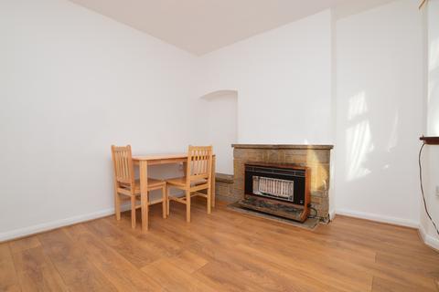 3 bedroom terraced house to rent - Berwick Crescent Sidcup DA15