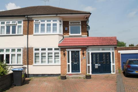 Studio to rent - Waltham Cross , EN8 8QZ
