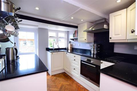 2 bedroom terraced house for sale - Lower Street, Pulborough, West Sussex