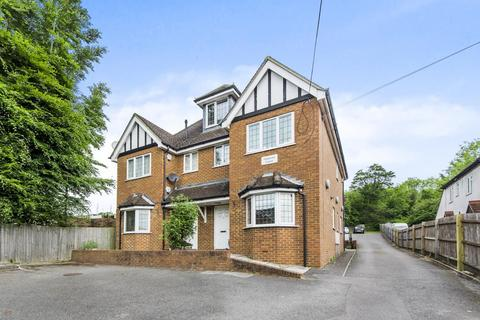 1 bedroom flat for sale - High Wycombe,  Buckinghamshire,  HP12