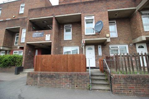 3 bedroom maisonette to rent - Maxey Road, Plumstead, SE18 7ET