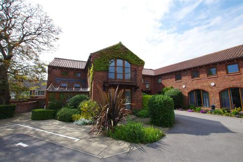2 bedroom apartment to rent - Beck Lane, Keyingham, Hull, HU12