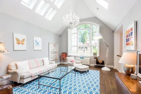 4 bedroom semi-detached house for sale - Glenilla Road, Belsize Park, London, NW3
