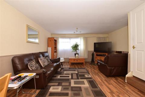 4 bedroom townhouse for sale - Crownfield Road, Ashford, Kent