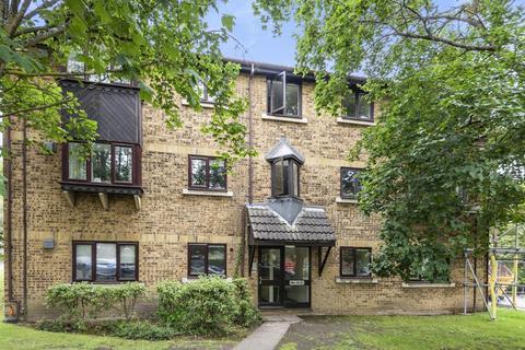 1 bedroom flat for sale - Woking,  Surrey,  GU22