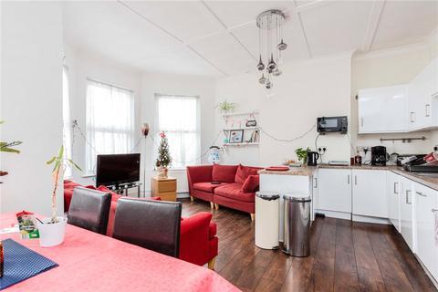 3 bedroom apartment for sale - Havergal Villas, 538 West Green Road, London, N15