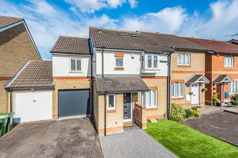 4 bedroom semi-detached house for sale - Lawrence Road Erith DA8