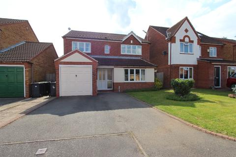 4 bedroom detached house to rent - Staniland Close, Beeston, NG9