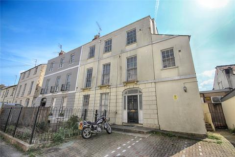 7 bedroom semi-detached house for sale - Grosvenor Street, Cheltenham, Gloucestershire, GL52