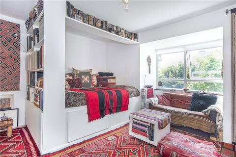 Studio for sale - Oxley Close, London, SE1