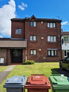 2 bedroom apartment to rent - Addison Close, Manchester, M13