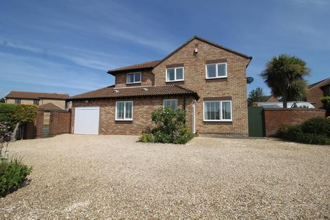 4 bedroom detached house for sale - Chaffinch Way, Lee-On-The-Solent
