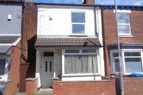 3 bedroom end of terrace house for sale - Worthing Street, Hull