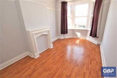 1 bedroom apartment to rent - Heath Park Road, Heath Park