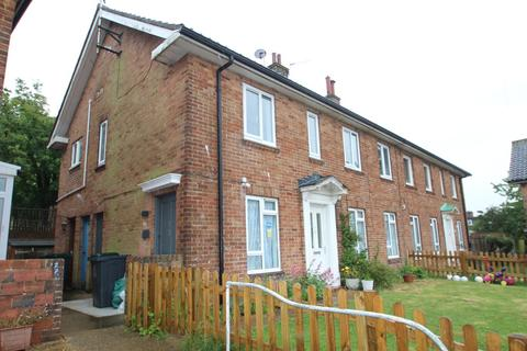 2 bedroom apartment to rent - Barnet Way, Hove
