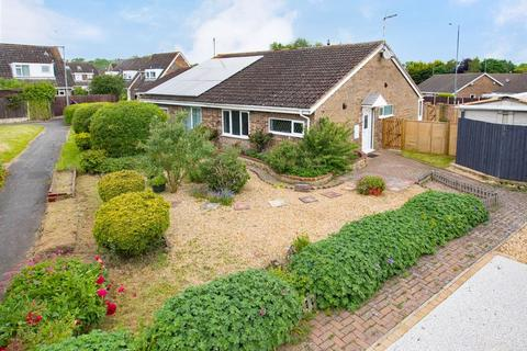 2 bedroom semi-detached bungalow for sale - Bergen Walk, Corby