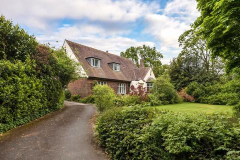 5 bedroom detached house for sale - Branstock, Square Lane, Burscough, L40 7RQ