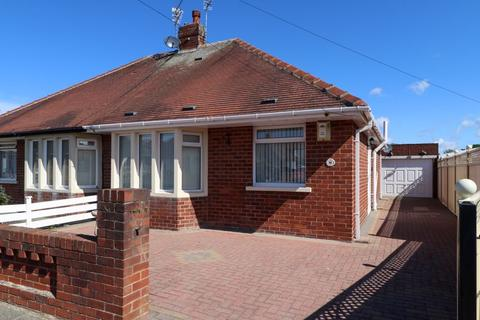 2 bedroom semi-detached bungalow for sale - Clitheroe Place, Blackpool