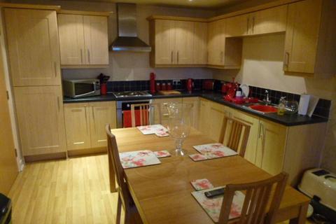 2 bedroom apartment to rent - St George Villas, 498 Broadway, Chadderton, Oldham