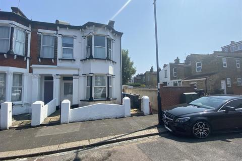 2 bedroom flat to rent - Crowther Road, London