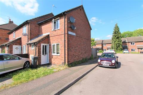 2 bedroom townhouse for sale - Burnaston Road, Aylestone, Leicester LE2