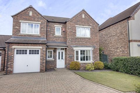 4 bedroom detached house for sale - Scholars Drive, Hull