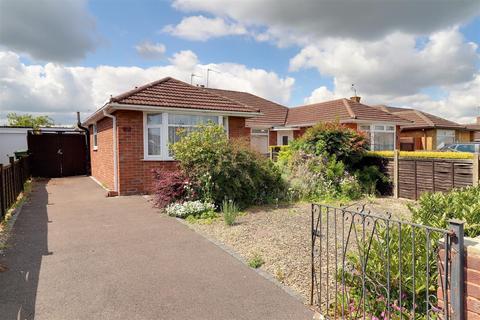3 bedroom semi-detached bungalow for sale - Salisbury Avenue, Warden Hill, Cheltenham