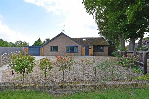 4 bedroom detached bungalow for sale - Empingham Road, Stamford