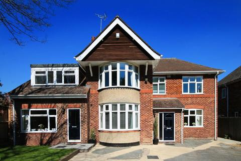 6 bedroom semi-detached house to rent - Huntingdon Road, Cambridge