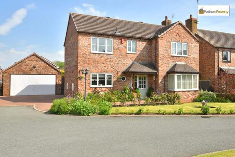 4 bedroom detached house for sale - Egerton Close, Blythe Bridge, ST11 9NS
