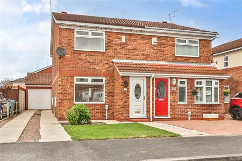 3 bedroom semi-detached house for sale - Baroness Close, Hull, HU6